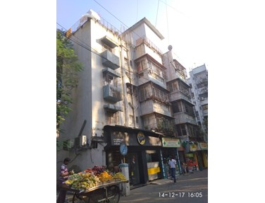 Flat for sale or rent in Hardik Villa, Bandra West