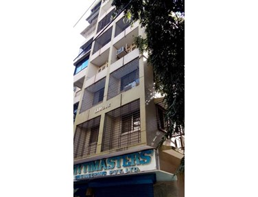 Flat on rent in Lamour, Bandra West