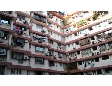 Flat on rent in Manju Mahal, Bandra West