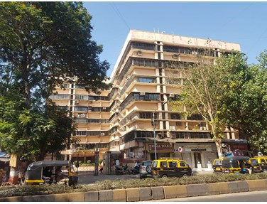 Flat for sale in Queens Park, Juhu