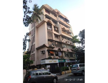 Flat on rent in Royal Crest, Bandra West
