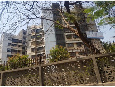 Building - Tarapore Garden, Andheri West