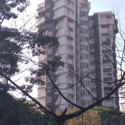 Flat for sale in Breezy Heights, Bandra West
