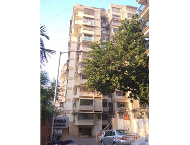 Flat for sale in Cenced, Bandra West