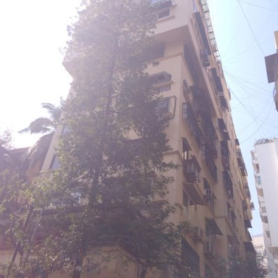 Flat on rent in Laxmi Niwas, Khar West