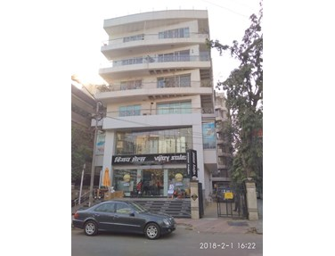 Flat for sale in Prime Centre, Santacruz West