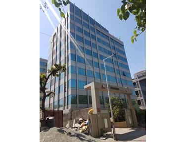 Building - Crescent Business Park, Andheri East