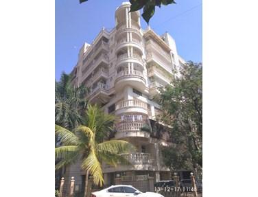 Flat for sale in Hashu Niwas, Bandra West