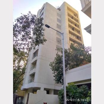 Flat on rent in Urvashi Terraces, Khar West