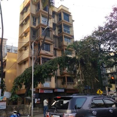 Flat on rent in Mangal Sudha, Khar West
