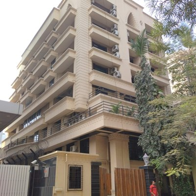 Flat on rent in Anand Villa, Santacruz West