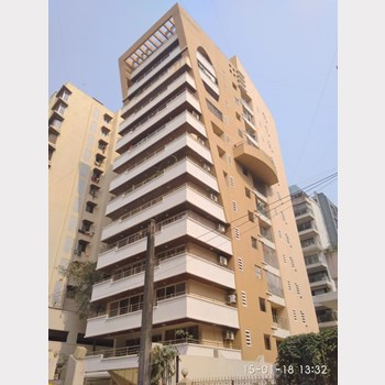 Flat on rent in Palazzo, Khar West