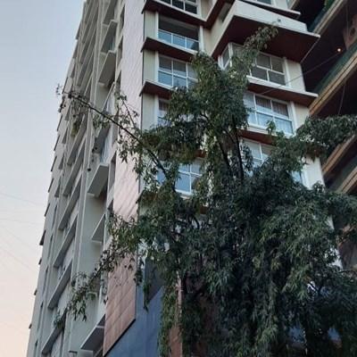 Flat on rent in Ekta Eros, Khar West