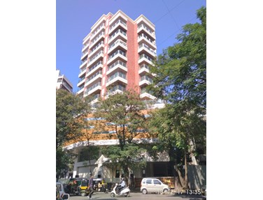 Flat on rent in Kukreja House, Khar West
