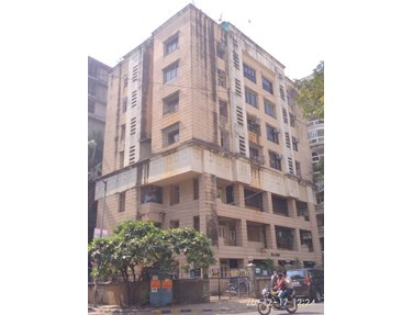 Flat on rent in Villa Rosa, Bandra West