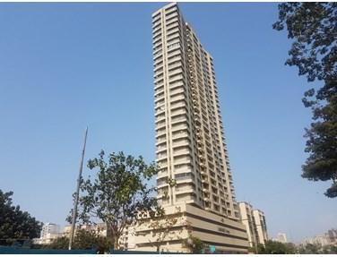 Flat for sale in Lashkaria Green Tower, Andheri West