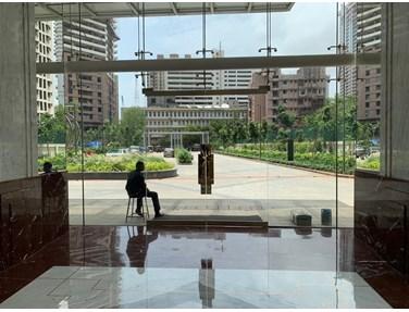 Flat on rent in Indiabulls Blu, Worli
