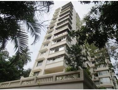 Flat on rent in Cosmopolitan Apsara Apartment, Bandra West