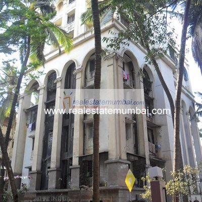 Flat on rent in Tarang Apartments, Khar West