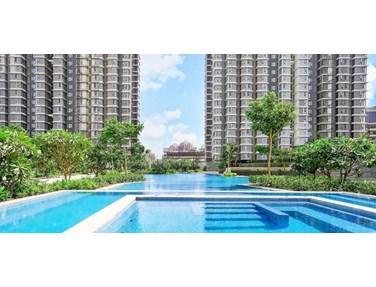 Swimming Pool - Lodha Allura