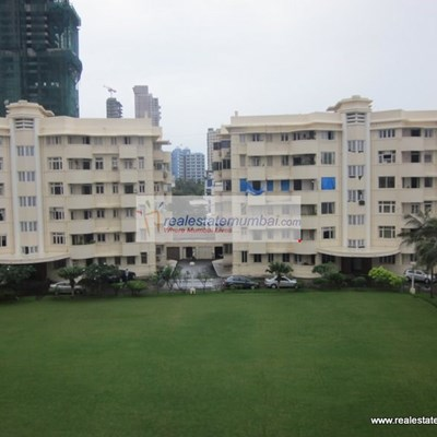 Flat on rent in Sea Face Park, Breach Candy