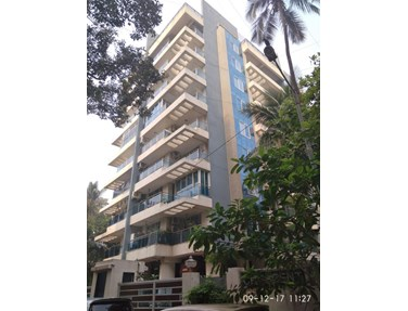 Flat on rent in Crescent, Bandra West