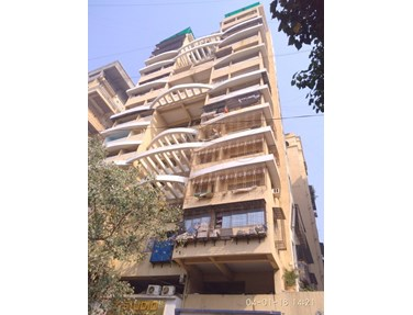 Flat on rent in Mohini Heights, Khar West