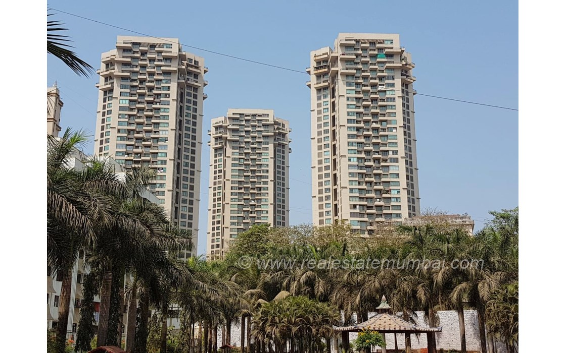 Building - Oberoi Springs, Andheri West