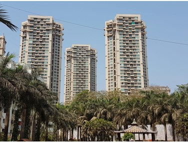 Flat on rent in Oberoi Springs, Andheri West