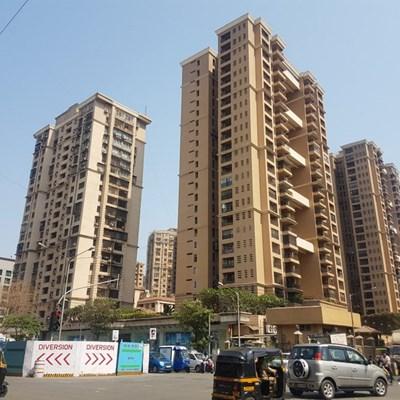 Flat on rent in Raheja Classique, Andheri West