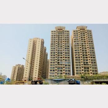 Flat for sale in Raheja Heights, Goregaon East