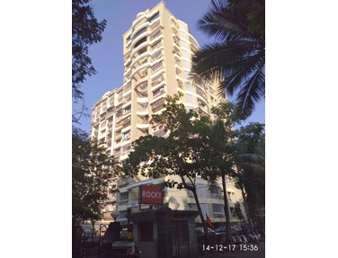 Flat on rent in Rocky Hill, Bandra West