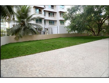 Flat on rent in Roopkala, Santacruz West