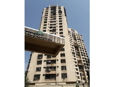 Flat on rent in Swapnalok Tower, Malad East