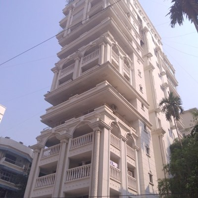 Flat on rent in Zahra Court, Khar West