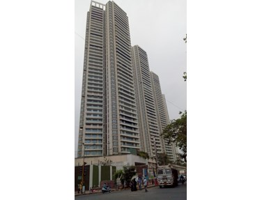 Flat on rent in Raheja Vivarea, Mahalaxmi