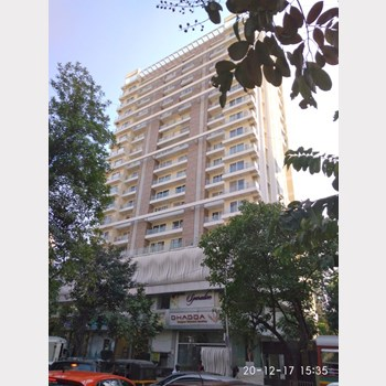 Office on rent in Darvesh Royale, Bandra West