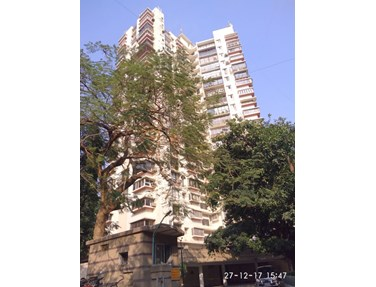 Flat for sale in Jolly highrise, Bandra West