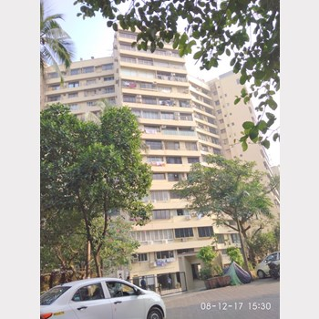 Flat on rent in Kanti Apartment, Bandra West