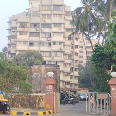 Flat on rent in Panju Mahal, Bandra West