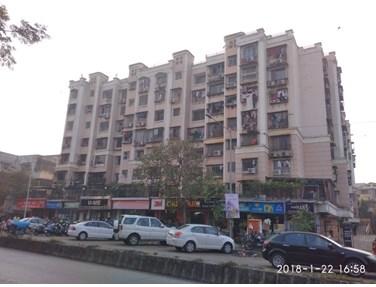 Flat on rent in Dheeraj Heritage Residency 2, Santacruz West