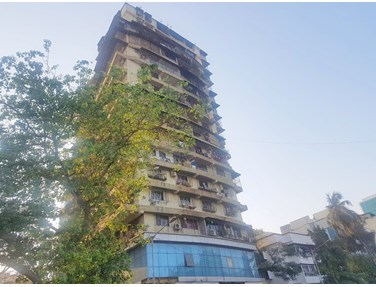 Flat for sale in Aawej Heights, Andheri West