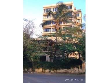 Flat on rent in Gold Mist, Bandra West