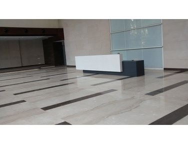Office for sale in Remi Commercio, Andheri West