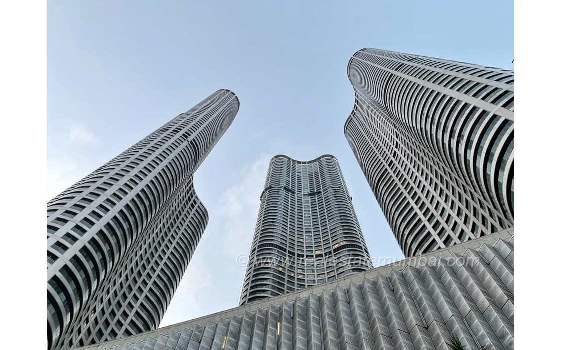 Main - World One, Lower Parel