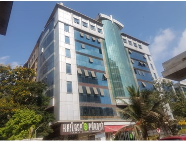 Office on rent in Crystal Plaza, Andheri West