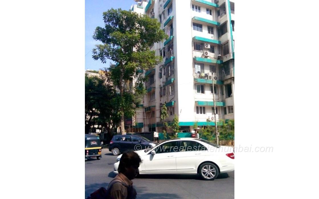 Main - Green Gates, Bandra West