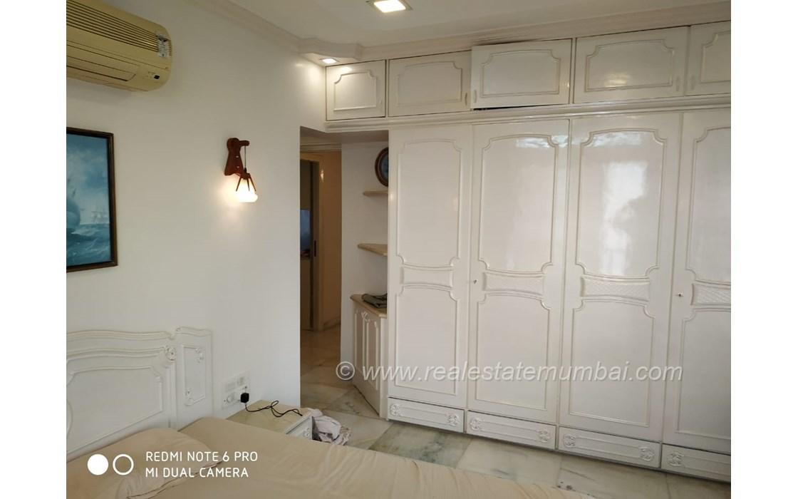 Bedroom 32 - Silver Cascade, Bandra West