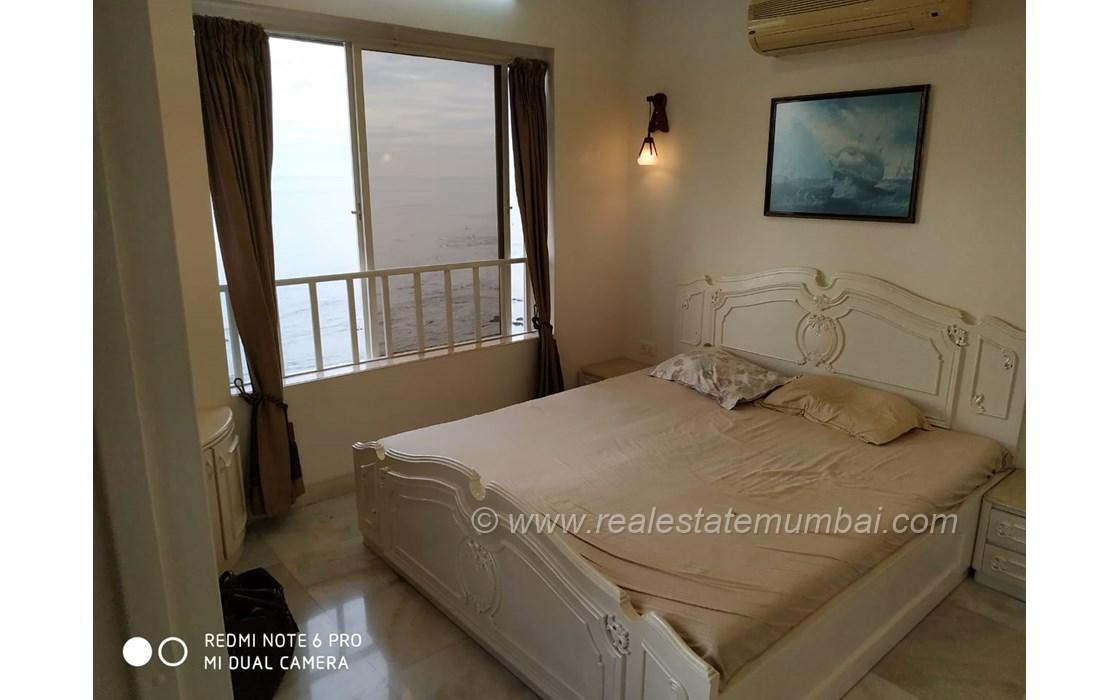 Bedroom 33 - Silver Cascade, Bandra West