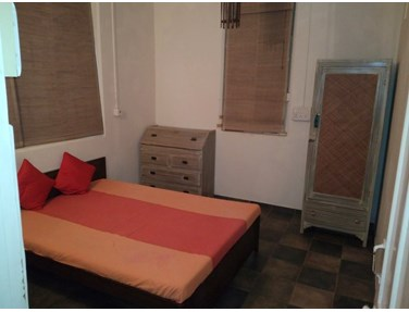 Flat on rent in Utility Mansion, Khar West